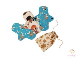 Cloth pads starter kit for moderate flow, with angel and reindeer pattern