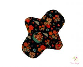 18 cm cloth pad for light flow with cute cats pattern
