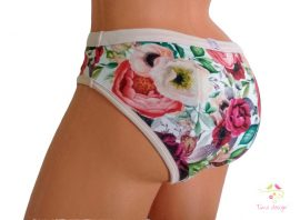 Period panties with colourful roses pattern, for heavy flow, in bikini style