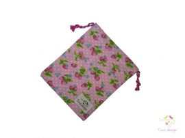 Cotton cup bag with strawberry pattern (pink base)