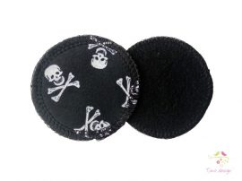 Reusable makeup removal pads with skull pattern