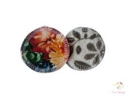 Reusable makeup removal pads with flower and leaf pattern