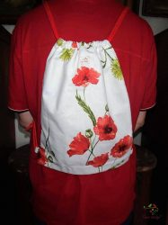 Leak-proof bagpack with poppy pattern