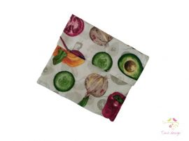 Reusable snack bag with leak-proof layer and vegetables pattern